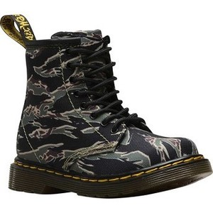 [해외] Dr. Martens 1460 Camo 8 Eye Boot Toddler [닥터마틴,닥터마틴8홀] Green Jungle Camo T Canvas (1855028)