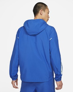 [해외]Nike Essential Wild Run [나이키 자켓] Game Royal (DA0190-480)